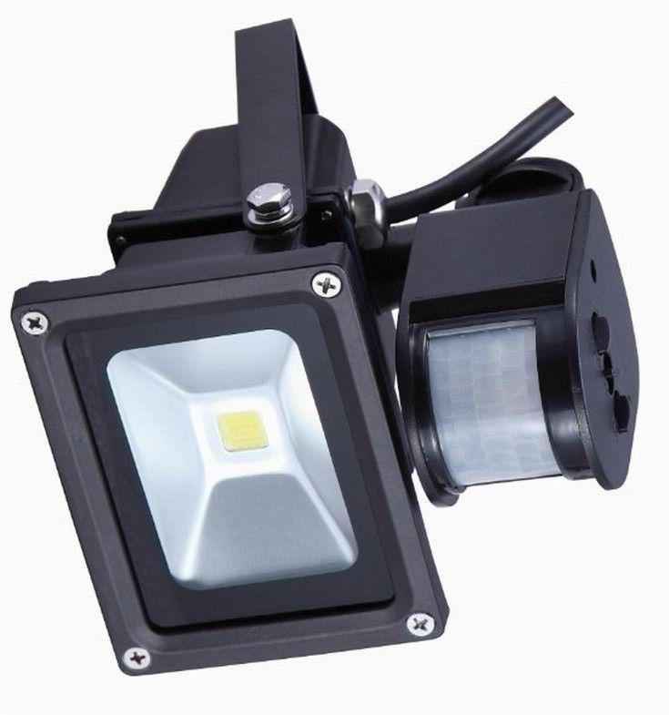 China Ip65 Ra 80 Sensor Led Flood Light 30 Watt 2310lm Commercial Lighting Supplier