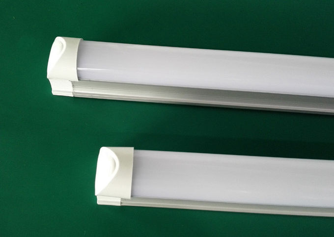 18 Watt 2520Lm Indoor 4Ft T8 LED Tubes Cool White 100-265V With SMD2835 External Driver
